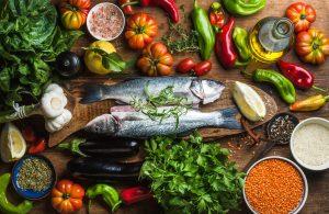 Fisch, Gewürze und Gemüse